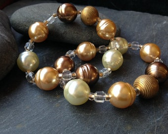 Glass Pearl and Crystal Stretch Bracelet