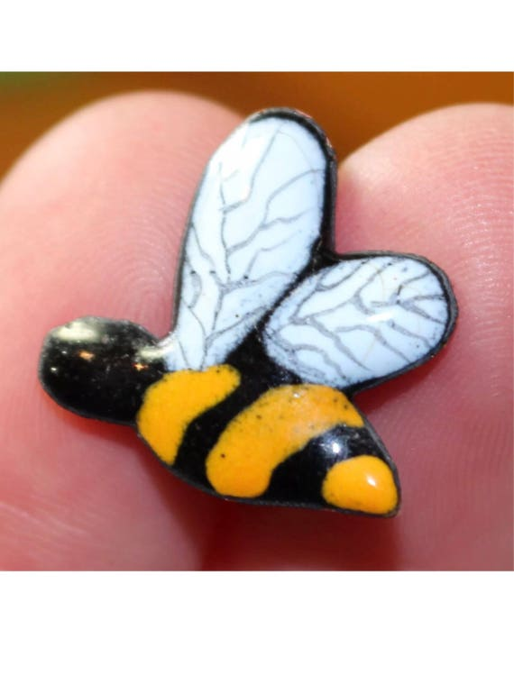 Little Teeny Tiny Vintage Enamel on Copper Yellow & Black Striped Bumble Bee Pin Brooch Scatter Pin Figural Bug Collectible Insect