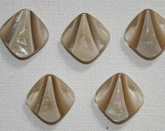 Set of 5 vintage diamond buttons. Reflection ivory button Pearl.  B16