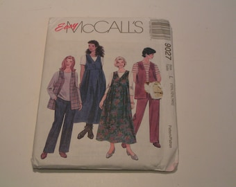 McCall Pattern 9027 easy Half Size Unlined Vest Jumper Top and Pullon Pants