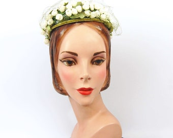 50s Green and White Floral Hat - White Rose Buds