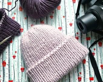 hand knit beanie / Women's knit wool beanie / lilac winter beanie / Women's wool beanie / knit lilac beanie / Women's lilac beanie