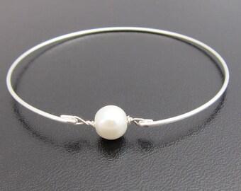 Simulated White Pearl Bracelet, Bridal Bracelet, Bridal Jewelry, Simulated Pearl Bangle Bracelet, Simulated Pearl Jewelry, Simple Bracelet