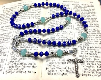 Rosary small pocket rosary antique crucifix and center cobalt blue crystal ND de bon Secours Catholic rosary beads by Rosenkranz-Atelier