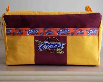 NBA Travel/Toiletry Bag - Cleveland Cavaliers (NEW)