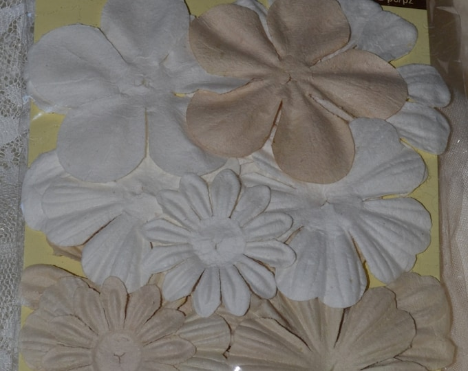 Recollections Paper Floral Embellishments
