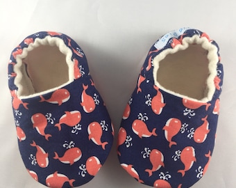 Whale baby shoes,baby shoes, baby slippers, crib shoes, gender neutral, soft sole baby shoes, baby shower gift, whale shoes, red whales