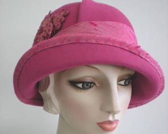 Women's Hat,1920s style, vintage inspired,Pink Felt Cloche Hat, Miss Fisher hat,Winter hat, 1920s hat