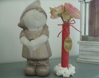 vase with test tube, dark red burlap and white flowers