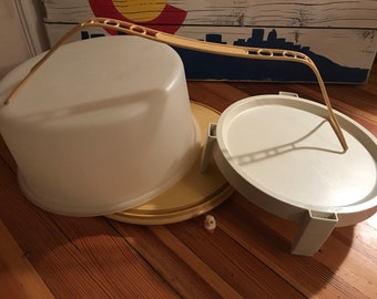 Tupperware Large Cake Carrier with Rack