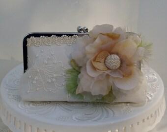 Rustic Wedding / Barn Wedding  / Wedding Clutch / Lace Wedding Clutch / Country Wedding