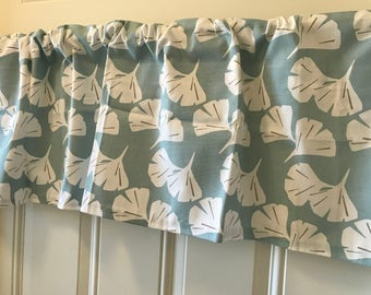 Light blue and white flower Curtain Valance