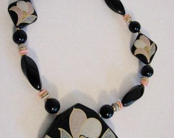 1980s Necklace Statement Japan Floral Black Plastic Lily