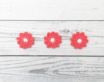 crochet coral daisy flower, crochet flower motif, white coral flower, wedding decoration, crochet daisies