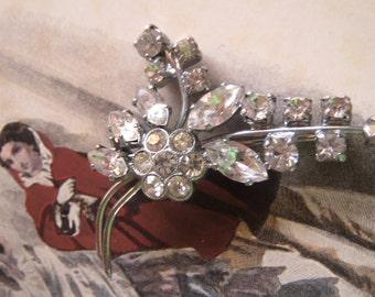 Rhinestone brooch, vintage brooch-old jewel, brooch, noble brooch, vintage ca. 60-er years, vintage fashion jewelry, party jewelry, festive