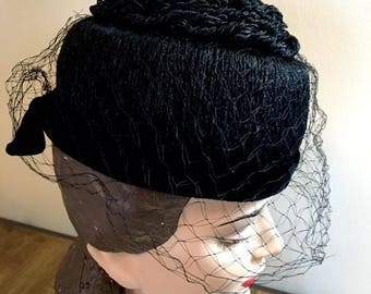 Vintage 1950s Hat Black 50s Brimless Hat Topped with a formation of Black Yarn Piled High on Top Design by Maria Pica Rome New York
