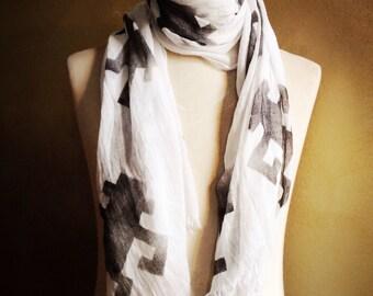 Monkey Business unisex scarve met lichte rand.