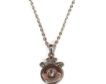 Swirl Pendant with 18 Inch Rolo Chain