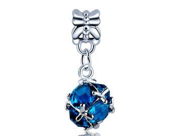 Sparkling pendant