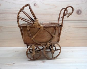 Rare Antique Wooden Buggy Carriage Pram Decorative Baby Stroller Doll Pram Perambulator from wooden sticks and corn leaves Baby Doll Buggy