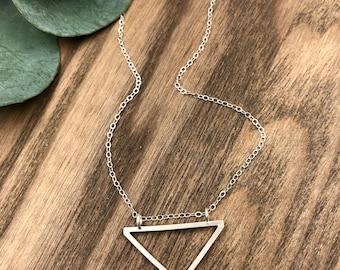 Petite Ascent Necklace / Sterling Silver Pendant Necklace / Delicate Sterling Silver Necklace / Everyday Silver Necklace / Minimal Necklace