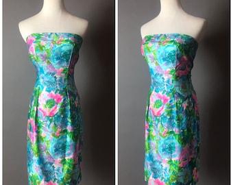 Vintage 60s dress / 1960s dress / floral dress / wiggle dress / strapless dress / cotton dress / day dress / party dress / 8342