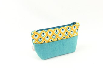 "Small cosmetic case Turquoise ""Drop"""