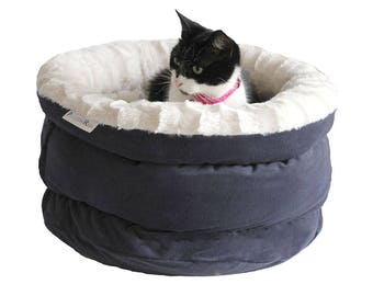 Cat faux fur bed, cat furniture, dog bed, pet bed, small dog bed, cats basket POLAR BEAR, cat cave, round cat bed, pet furniture. cat house