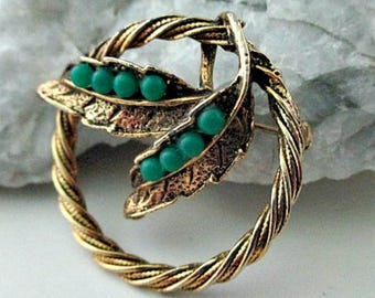 Vintage Circle Leaf Brooch Pin  - Mid Century Costume Jewelry