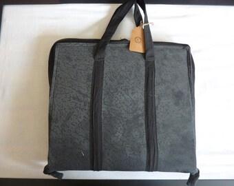 Practical Pocket Folder