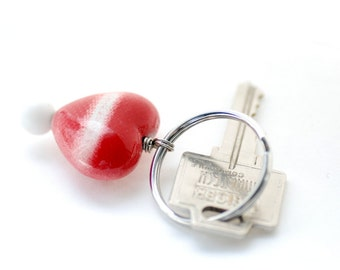 Key Chain, Heart Keyring, Red and White Beaded Keychain, Keyring, Key Fob, Zipper Pull, Bag Bauble, Lucite Key Ring, Striped, Fun Keyring