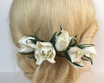 White Flowers Hair comb Wedding hair comb White Roses Hair jewelry Wedding Flower Hair piece Bridal hair accessories Bridal white hair