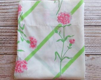 Vintage Twin Flat Sheet  / Pink & Green Floral / Vintage Linens