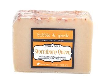 Stormborn Königin duftende Seife - kalt-Verfahren - Mulberry, Orange, Nelke