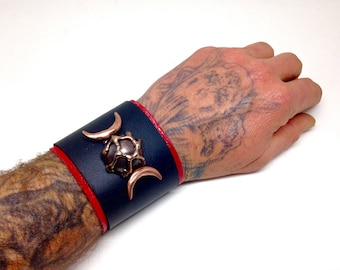 Pagan jewelry, Esoteric jewelry, Triple goddess braclet, Pagan braclet, Leather jewelry, Metal jewelry