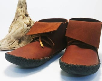 Women's leather Moccasin / Inca style high top / Minimalist shoe / Festival shoe