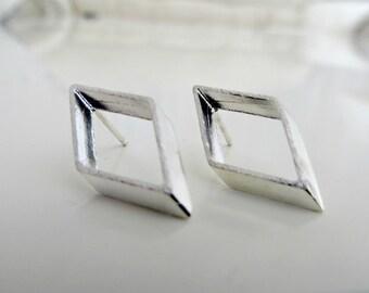 Minimalist Stud Earrings , Geometric Gold Earrings , Statement Stud Earrings , Gold Stud Earrings , Gold Cuff Earrings , Drop Earrings