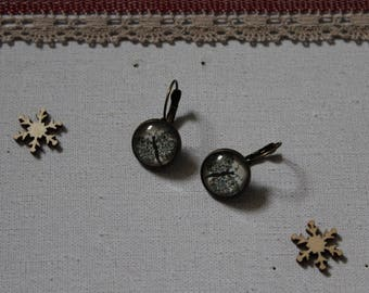 Earring, butterfly, glass cabochon