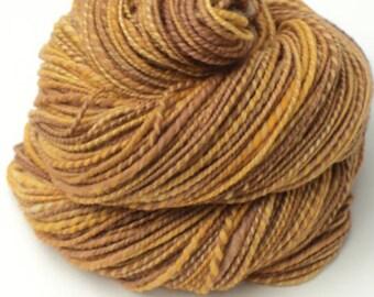 Honey Bunnie, Hand Spun, Handspun, Yarn, Wool, Merino, Gold, Honey, Brown, Yellow, Fingering, 198, Yards