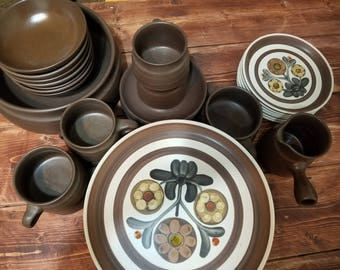Mayflower by Denby/Langley - 37 pieces