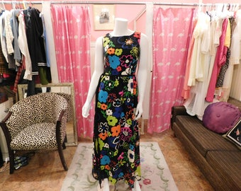 1960's Bold floral print/ Mod/ True vintage/ Retro/Pin-up/Hippy/ maxi dress