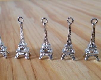 5 Antiqued Silver Eiffel Tower Charms | Paris Charm | 2118