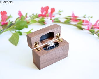 Walnut - Slim Engagement Ring Box - Double-Hinged - Wanderweg Shop