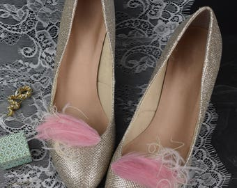 Feather Shoe Clips in Pink and Ivory | Vintage Shoe Clip | Bridal Shoe | Bridal Accessory | Wedding Shoes