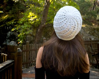 Crochet Beanie, Spiral Beanie, Crochet Hat, Spiral Hat, White Beanie, White Hat, Woman Beanie, Woman Hat