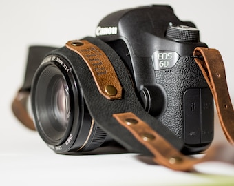 Personalized strap, Leather Camera Strap, Gift for Photographer, Camera strap, Nikon camera strap, Canon camera strap, Photographer gift,