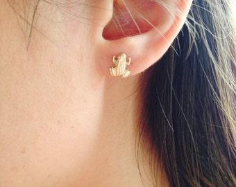 Small Gold Frog Stud Earrings, Tiny Gold Stud Earrings, Animal Lover Earrings, Gift for Her, Everyday Wear, Gift Under 30, Frog Earrings
