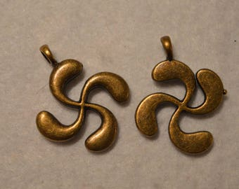 Set of 6 copper metal charms