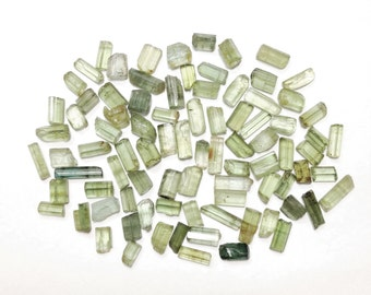 1 gram Small green Tourmaline crystals, raw tourmaline crystal lot size 5-7 mm // B*2888