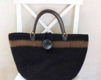 Crochet Purse Pattern - Crochet Felted Purse - Crochet Bella Bag - Easy Crochet Pattern - Felted Purse Pattern - Deborah O'Leary Patterns